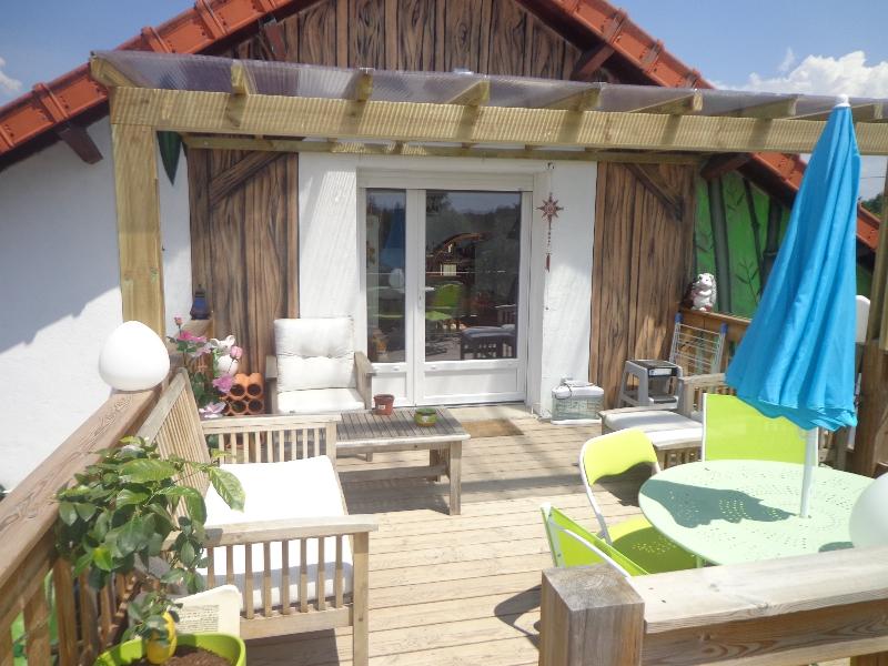 pergolas nordi bois construction maisons madrier et ossature bois. Black Bedroom Furniture Sets. Home Design Ideas