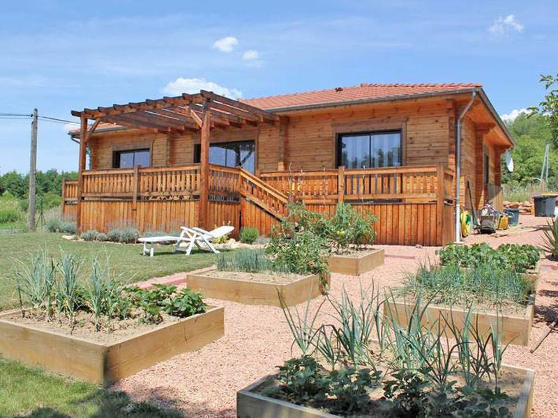 Chalets et maisons en madriers par nordi bois r alisation for Isolation chalet bois madrier